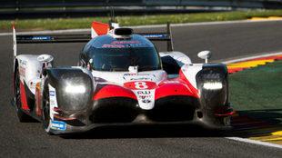 Alonso, a bordo del Toyota TS050-Hybrid nº 8.