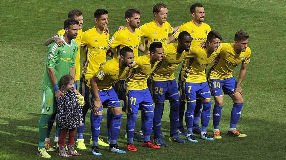 Álvaro (dorsal 11) y Salvi (7), en el once titular del Carlos...