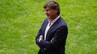 Hernán Cristante molesto tras el empate.