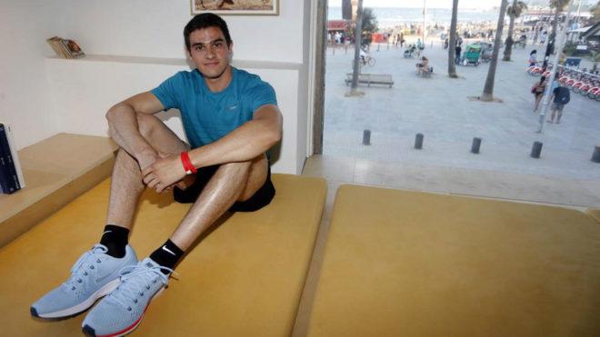 Bruno Hortelano posa durante una entrevista a MARCA.