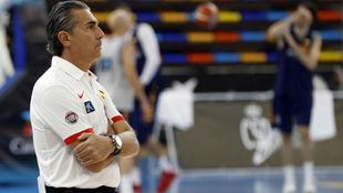 Sergio Scariolo durante un entrenamiento antes de las 'Ventanas...