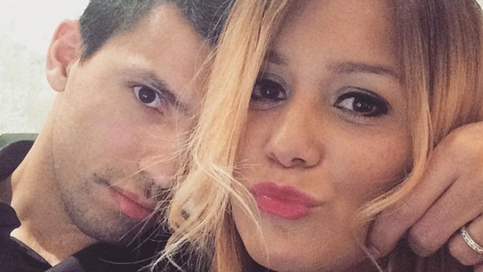 Sergio 'Kun' Agüero junto a Karina 'La Princesita de la música...