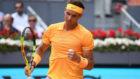 Rafa Nadal celebra un punto ante Gäel Monfils en Madrid.
