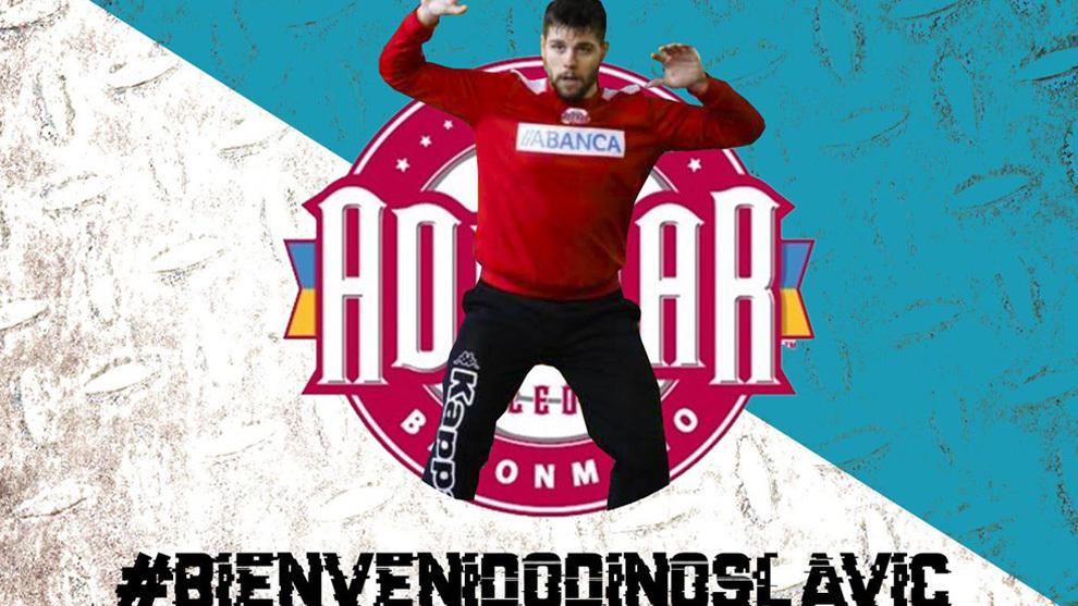 Cartel para anunciar el fichaje del guardameta croata Dino Slavic