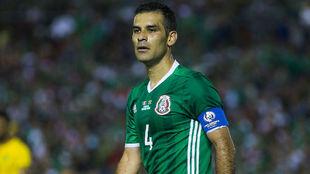 Rafa Márquez en un partido con la selección mexicana.