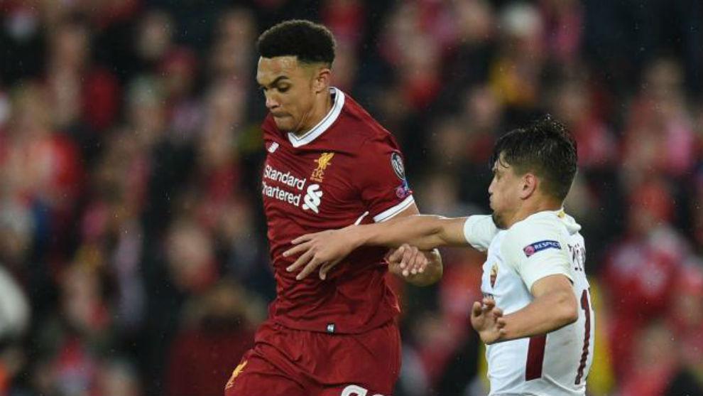 Arnold, en un partido del Liverpool
