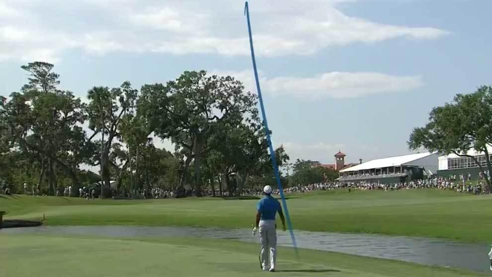 Tiger Woods protagonizó un drive de casi 320 metros durante The...