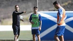 Joseba Etxeberria da instrucciones en una sesión de esta semana en El...