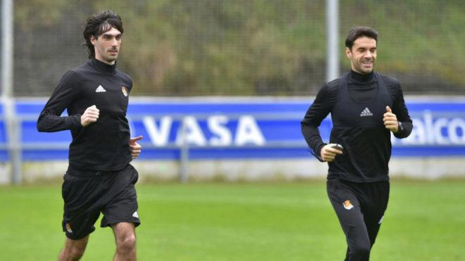 Xabi Prieto y Carlos Martínez, en un entrenamiento.