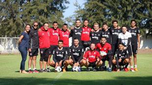 Rafael Márquez se mostró feliz en su última práctica con los...