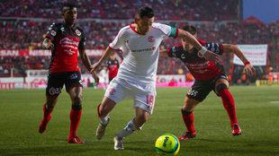 Rubens Sambueza está llamado a ser el hombre clave de Toluca en la...