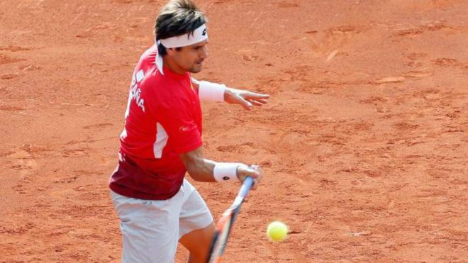 David Ferrer entrenándose para la Copa Davis en Valencia.