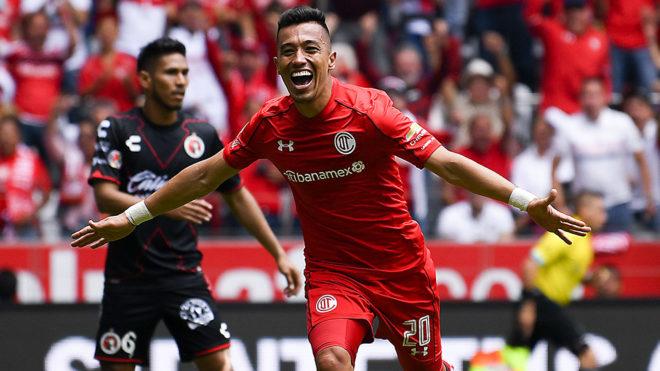 Uribe en festejo de gol en la vuelta de las semifinales del C2018