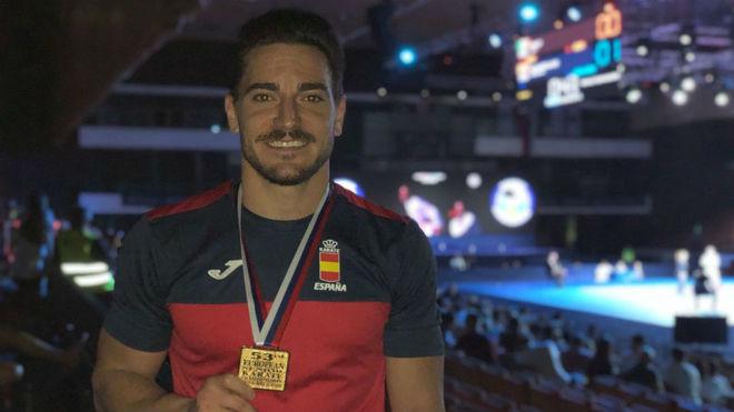 Damián Quintero con el oro del último Europeo.