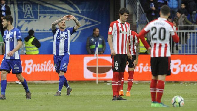 Guidetti celebra su gol contra el Athletic.