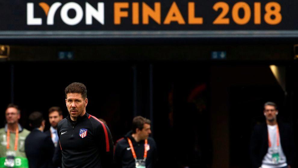 Diego Pablo Simeone durante el entrenamiento del Atlético de Madrid...