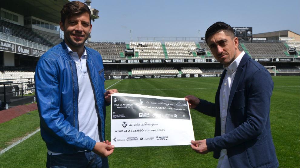 Dealbert y Pablo Hernández promocionan la iniciativa en Castalia.