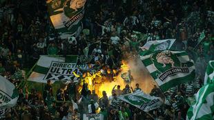 Aficionados del Sporting en un partido en su estadio
