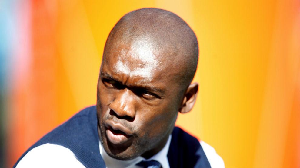 El entrenador del Deportivo, Clarence Seedorf durante el partido de la...