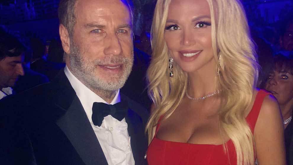 John Travolta, que posó en una fiesta privada del Festival de Cannes...