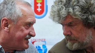 El polaco Krzysztof Wielicki y el italiano Reinhold Messner, en imagen...