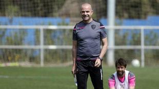 Paco López durante un entrenamiento.