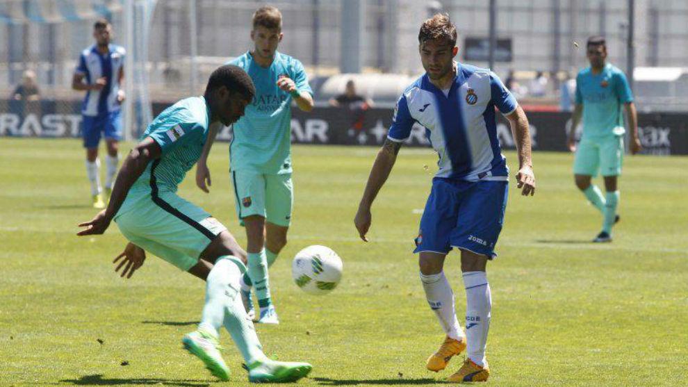 Imagen del partido entre el Espanyol B y el Barcelona B.