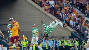 El Celtic celebrando el segundo gol de la final