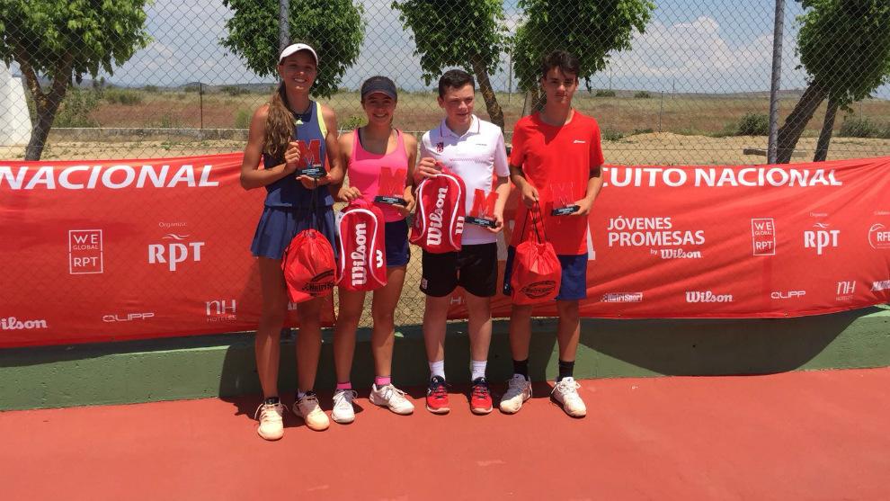 Campeones y finalistas del torneo del circuito MARCA Jóvenes Promesas...