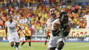Gomis celebra el gol de la victoria
