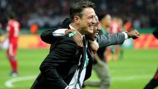 Niko Kovac durante la celebración del título