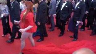 La modelo durante la alfombra roja del Festival de Cannes