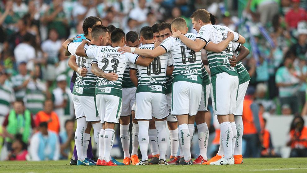 'Teamback' de Santos previo a la ida de la final del Clausura 2018...