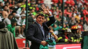 Con menos de 40 partidos dirigidos, el uruguayo ya presume de un...