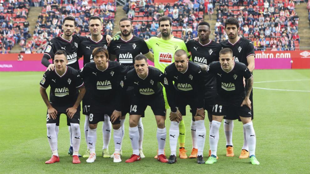 Equipo titular del Eibar contra el Girona FC