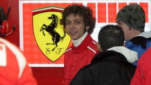 Rossi con Ferrari en Cheste en febrero de 2006