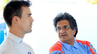 El español, junto a Michel Nandan