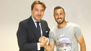 Quico Catalán y Pedro López celebran la renovación del capitán...