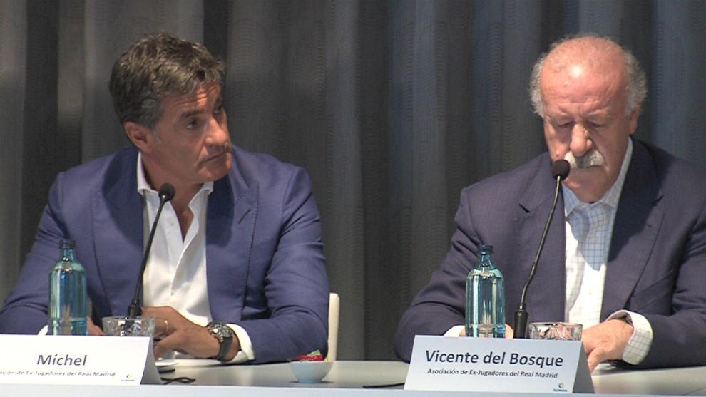 Michel y Vicente del Bosque, durante la presentación del torneo.