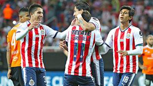 Chivas celebra un gol en la Concachampions