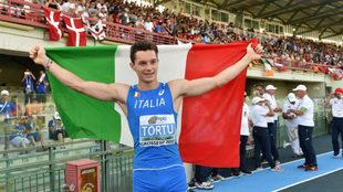 El velocista Filippo Tortu, con la bandera italiana