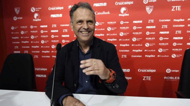 Caparrós, en la sala de prensa del Sevilla.
