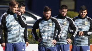 """El discurso de Messi y los veteranos a los jóvenes: """"Que nos maten a nosotros"""""""