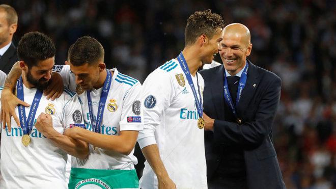 Zidane tendrá que esperar a ver si CR7 se queda en su equipo.