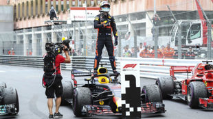 Ricciardo celebra su triunfo.