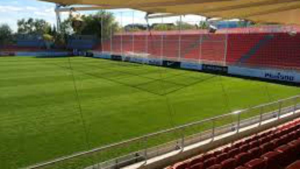 El problema al que se enfrenta el humilde rayo majadahonda for Puerta 5b estadio universitario