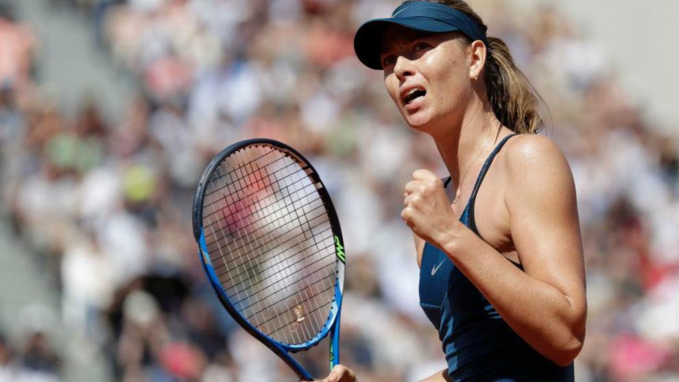 Sharapova celebra un triunfo