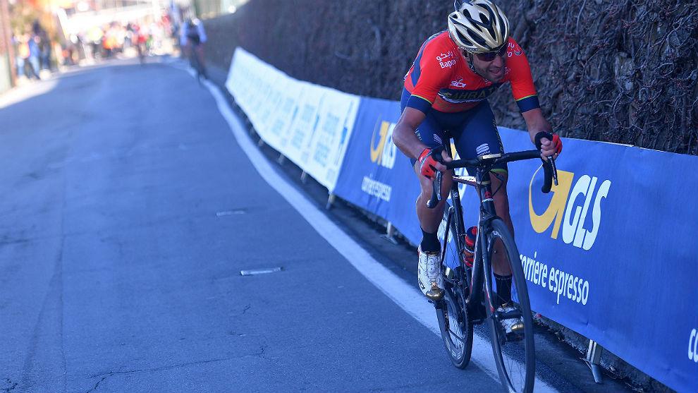 Vincenzo Nibali, al ataque en la Milán-San Remo de este año.