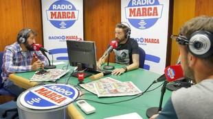 Morales dirige el programa con Javi Lázaro y Víctor Barea.