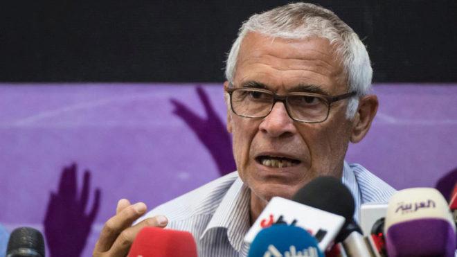 Héctor Cúper durante su comparecencia de prensa previa al partido...